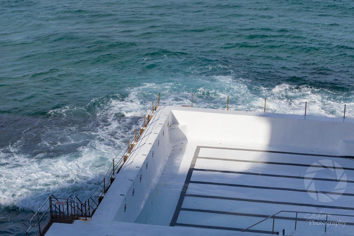 sally_crane_travel_photographer_bondi_beach_Icebergs_pool.jpg